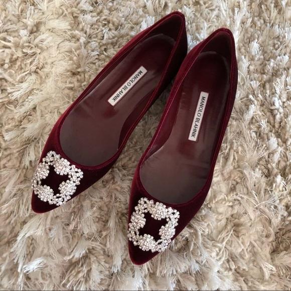 manolo blahnik shoes new hangisi red velvet flats poshmark rh poshmark com